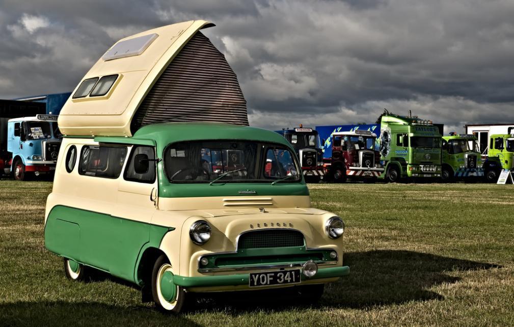 06MIS50 - Bedford CamperVan
